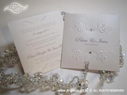 bijela pozivnica za vjenčanje s cirkonima i tiskom na kuverti