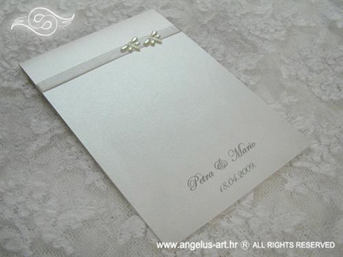 bijela zahvalnica za vjenčanje s dva vilina konjica leptira i tiskom