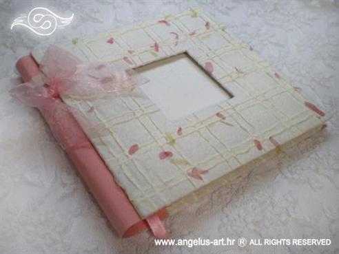 foto album izrađen od natural papira bijelo rozi