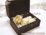 krem bijela škrinjica za vjenčanje s morskom zvijezdom i školjkom