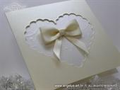 Pozivnica za vjenčanje - Creamy White Heart Shaped