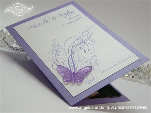 ljubičasta zahvalnica za vjenčanje s ljubičastim leptirom