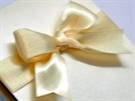 Invitations bow