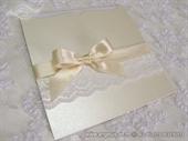 Pozivnice za vjenčanje - Cream Bow & Lace Charm