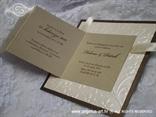 pozivnica smeđe zlatna blindruck cvjetići i satenska mašna