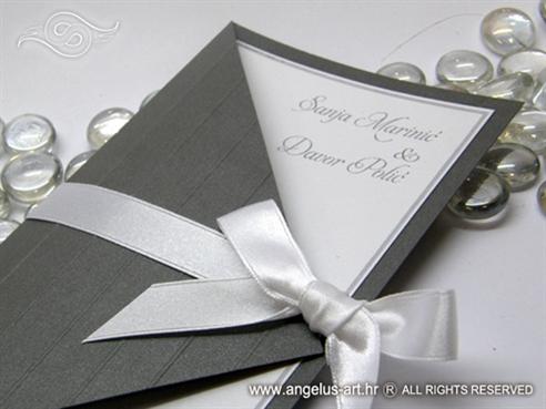 pozivnica za vjenčanje srebrno bijela na preklop s mašnom