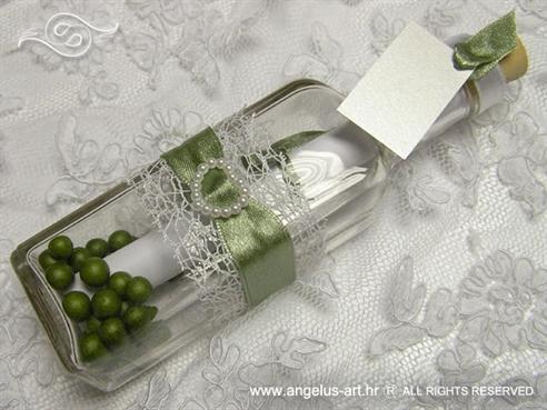 pozivnica za vjenčanje u boci sa srcem i zelenom trakom
