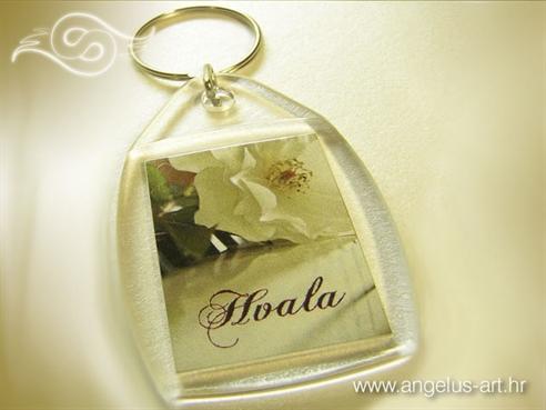 privjesak za ključeve kao konfet vjenčanja s tiskom