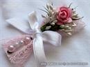 Kitica za rever za goste vjenčanja - Roza ruža u mreži