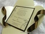 smeđe šampanj pozivnica za vjenčanje iznutra