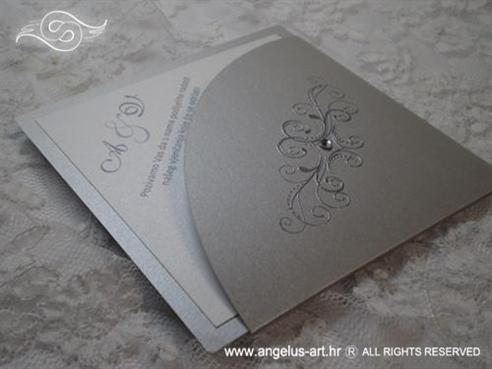 srebrna pozivnica za vjenčanje u obliku dijamanta s cirkonom