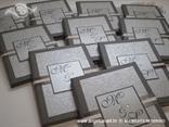tamno srebrne zahvalnice s monogramom i cirkonom
