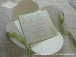 zeleno bijela proljetna pozivnica s omotnicom na rasklapanje